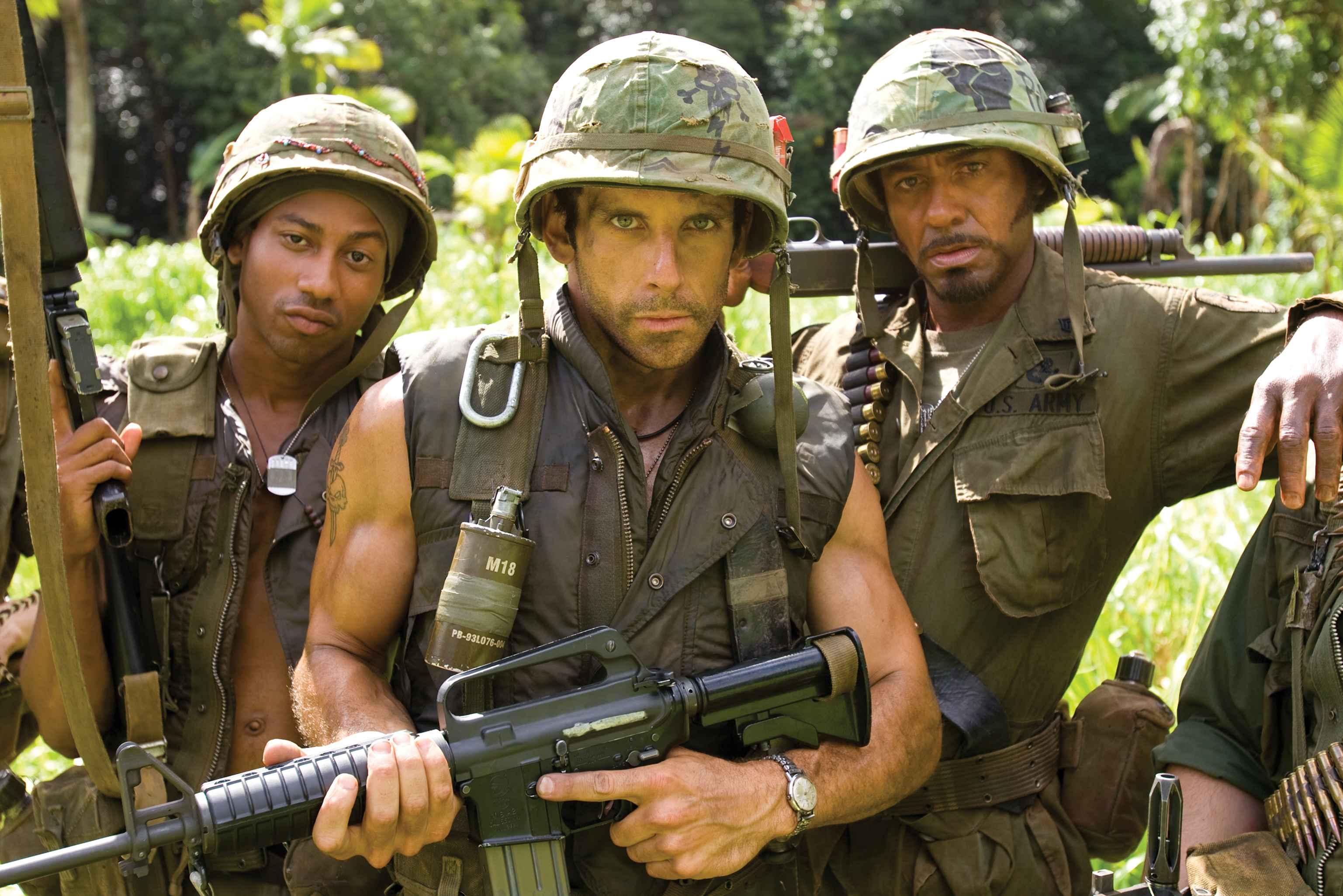 Солдат и член в лесу 10 фотография