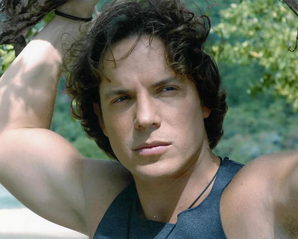 http://www.cinemagia.ro/img/db/actor/01/03/85/jorge-reyes-375080l.jpg